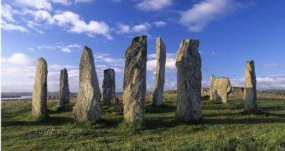 اكتشاف نصب تذكاري مرتبط بالموتى يعود إلى زمن ستونهنج image