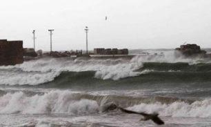 العاصفة شلت حركتي الملاحة والصيد البحري في صيدا image