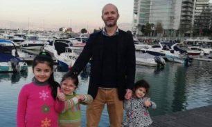 أب لثلاث فتيات... قتل بعد أن قاوم سارقيه! image