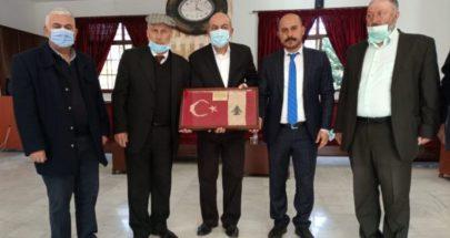 السفير التركي جال في قرى عكارية مودعا لمناسبة انتهاء مهامه في لبنان image