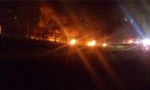 قطع طريق الخندق الغميق على خلفية نعت حزب الله بالارهابي image