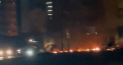 قطع طريق جسر الرينغ بالإطارات المشتعلة image