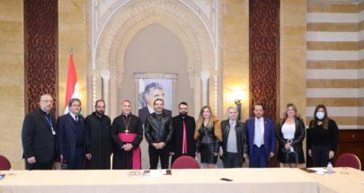 الحريري استقبل وفد ايدال ووفد اللجنة الأسقفية للحوار المسيحي الإسلامي image