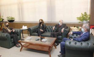 اجتماع بين عبد الصمد وعويدات وكوفيلييه بحث في اطلاق حملة للتوعية من القرصنة image