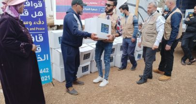 مساعدات قطرية لعائلات سورية نازحة في عكار image