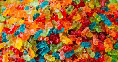 12 نوعا من الأطعمة تضرّ الأسنان وتصبغها وفقا للأطباء image