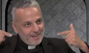 الأب جان يونس أميناً عاماً للمدارس الكاثوليكيّة image