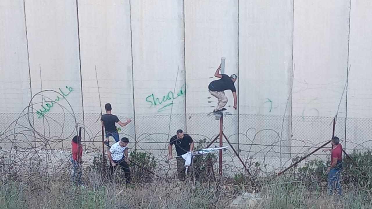 حالات اختناق على الحدود في العديسة
