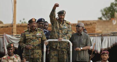 الجيش السوداني ينفي صلته بمقتل وجرح متظاهرين بمحيط القيادة العامة image