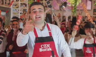 بالفيديو: الشيف التركي بوراك يتضامن مع القدس بطريقته الخاصة image