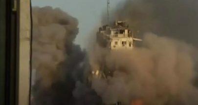 بعد استهدافه بـ 4 صواريخ إسرائيلية... انهيار برج الجلاء في غزة بالكامل(فيديو) image