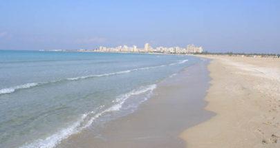 إخلاء الشاطىء الجنوبي والكورنيش البحري في صور من المواطنين image