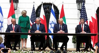"""احتفالاً بالتطبيع... اتصالات لعقد قمة بين """"إسرائيل"""" ودول خليجية image"""