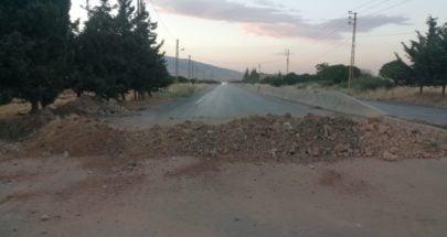 قطع طريق بعلبك-الهرمل على خلفية مقتل شاب image