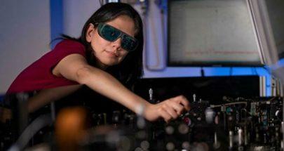 ابتكار نظارات تسمح بالرؤية في الظلام image