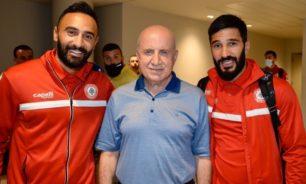 استقبال رسمي وجماهيري لمنتخب لبنان لكرة القدم في مطار بيروت image