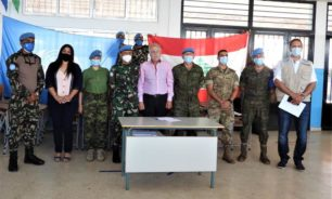 اليونيفيل تتبرع بلوازم ومعدات لتسع مدارس في جبل عامل image