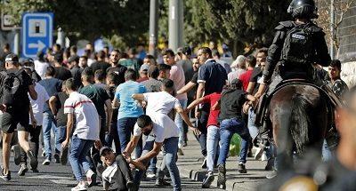 """مع إنطلاق """"مسيرة الأعلام""""... اشتباكات بين الفلسطينيين والقوات الإسرائيلية image"""