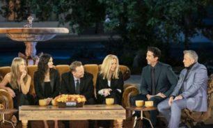 """أبطال مسلسل Friends يغنون """"كاريوكي"""" للمرة الأولى image"""