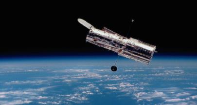 هابل يرصد مجرة متلألئة تملك سرا خفيا image