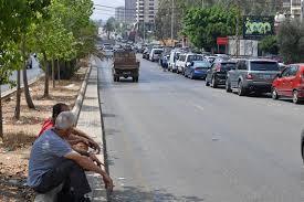 رئيس بلدية البيره: شباب البلدة يشاركون في اخماد حريق القبيات image