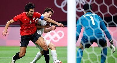 الحارس المصري الشناوي يكتب التاريخ في أولمبياد طوكيو image
