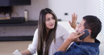 تأثير الأجهزة الذكية في الحياة الزوجية image