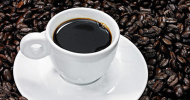 كم عدد فناجين القهوة التي يمكنك شربها يوميا وماذا تفعل للدماغ؟ image