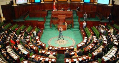 الغنوشي يعتصم أمام البرلمان المغلق من الجيش image