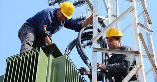 عمال كهرباء لبنان دانوا مماطلة الإدارة في إنصافهم image