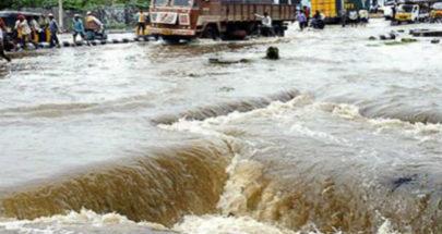مقتل 6 أشخاص وتدمير 70 ألف منزل بفيضانات تايلاند image