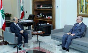 عون عرض مع وزير الدفاع أوضاع المؤسسة العسكرية image