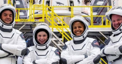 """حدث تاريخي.. 4 سياح في """"أول رحلة فضائية من دون رواد"""" image"""