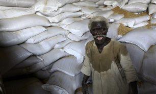 وزير سوداني: مخزون القمح يكفي لأربعة أيام image