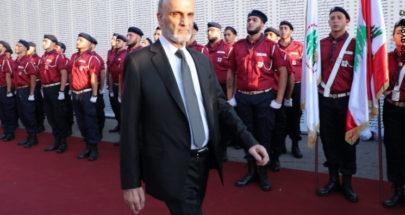 بين الجنرال والأمين العام image