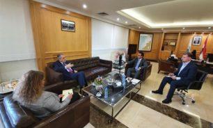 حمية: سوريا هي معبر أساسي للترانزيت بالنسبة للبنان image