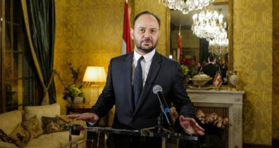 """حكمت أبو زيد يوّقع """"الثورة المؤسّساتيّة في لبنان"""" image"""