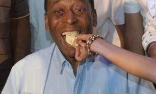 بيليه يحتفل بعيد ميلاده الـ81 image